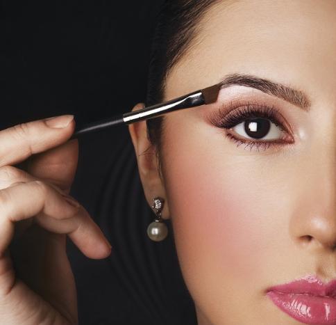 Makeup Application Tutorials