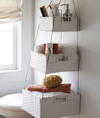 Small bathroom space organization idea